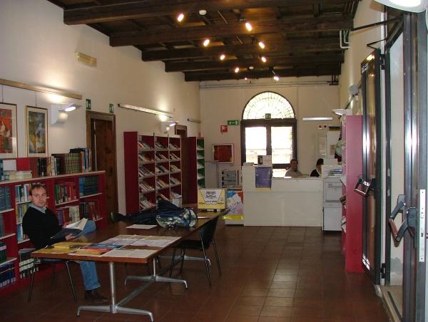 Portomaggiore intervista alla biblioteca comunale di