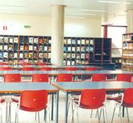 interno-biblioteca-foligno.jpg