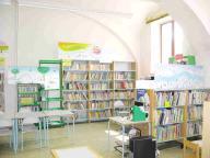biblioteca-sezione-ragazzi.jpg