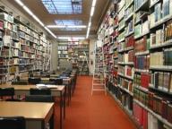 sala-di-consultazione-biblioteca-cuneo.jpg