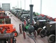 esposizione-trattori-franco-leoni