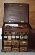 farmacia-da-viaggio-primi-1800