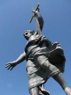 nuoro-la-statua-del-redentore