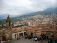piazza-castello-castelbuonodscn0487