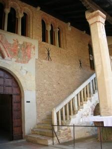 """Piccolo scorcio dell'abbazia """"Santa Maria in Sylvis"""""""