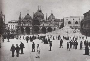 Macerie campanile San Marco