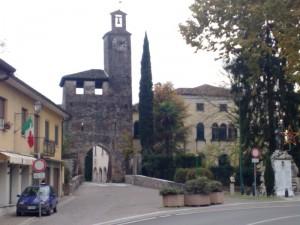 La Torre Portaia, tutto quello che rimane del Castello Medievale