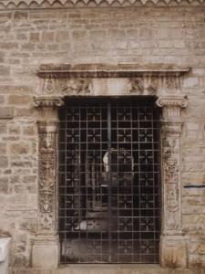 Portone della Chiesa di San Francesco