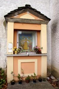 Cappella dedicata alla Madonna delle Grazie