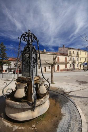 Borrello - Fontana tradizionale
