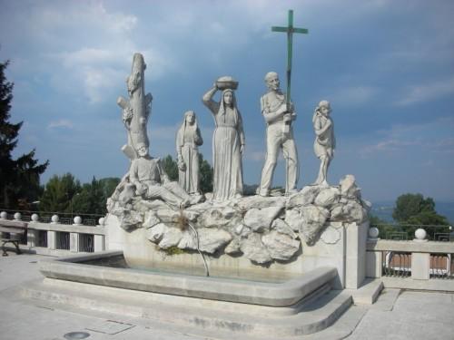 Ospedaletto d'Alpinolo - Fontana del Pellegrino