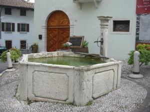 Fontana di Isera