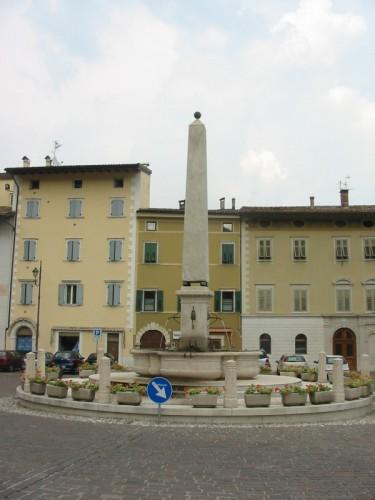 Rovereto - Fontana Borgo Sacco