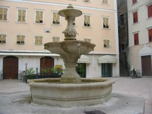 Fontana piazza delle erbe