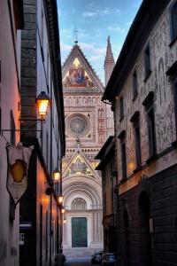 Tra i vicoli… il Duomo!