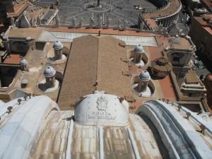 I tetti della Basilica di San Pietro…
