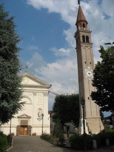 Paese - Chiesa di Castagnole