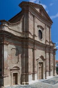 Chiaverano - La Facciata della parrocchiale S.Silvestro