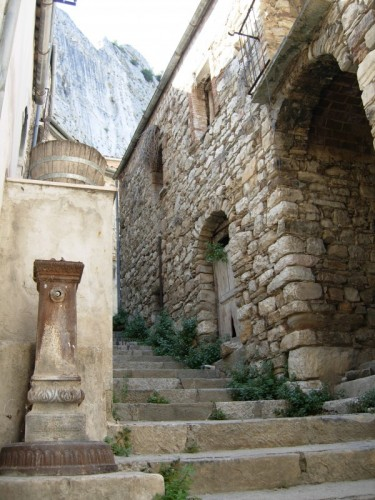 Villa Santa Maria - Fontanella abbandonata