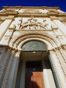 Portale.  Basilica  S. Nicola