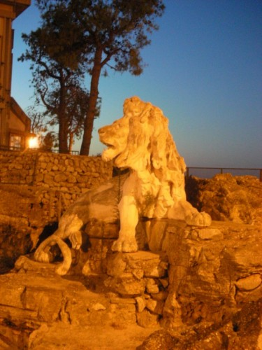Caprarica di Lecce - particolare della Fontana Largo S.Marco