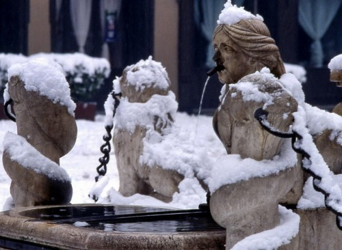 """Bergamo - bergamo che """"conta...rini"""" sotto la neve"""