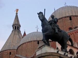 Il Santo e il Cavaliere