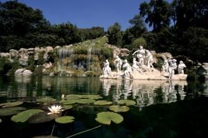 Caserta-La Reggia, particolare di una fontana (a)