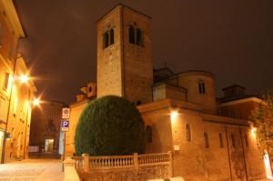 Chiesa ed ingresso della Rocca dei Boiardo