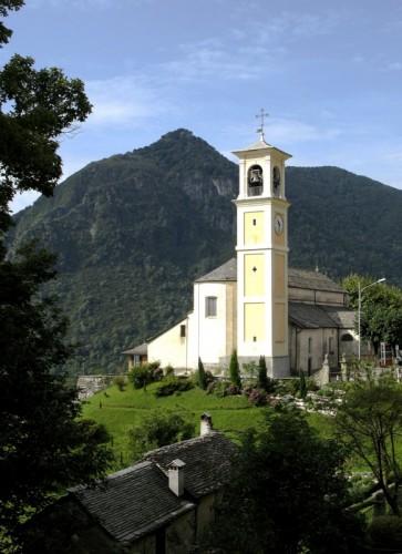 Trarego Viggiona - Chiesa a Trarego 1