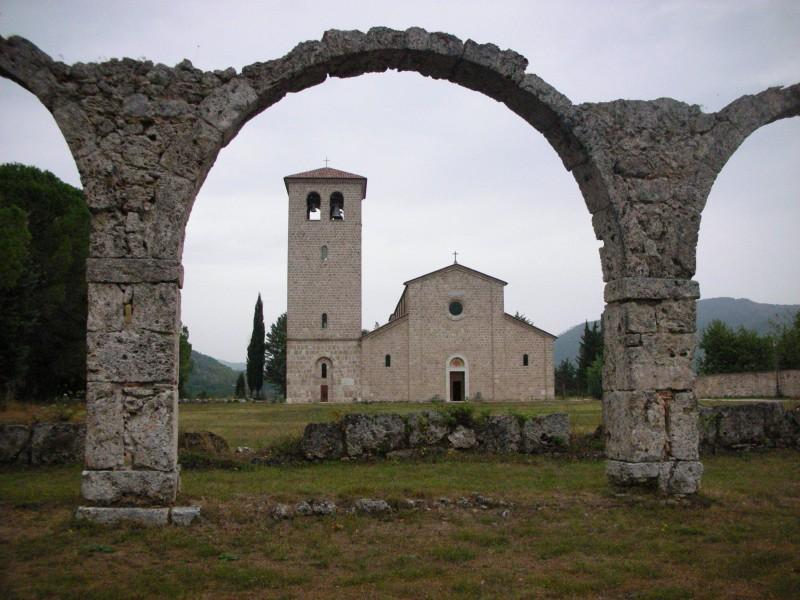 ''Abbazia San Vincenzo al Volturno'' - Castel San Vincenzo