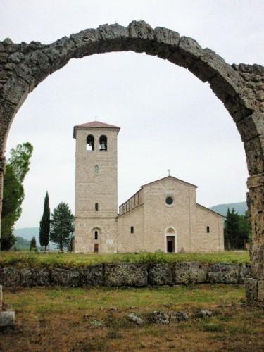 Castel San Vincenzo - Abbazia San Vincenzo al Volturno