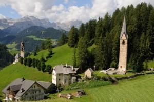 Vecchia chiesa di S.Genesio - La Valle (BZ)