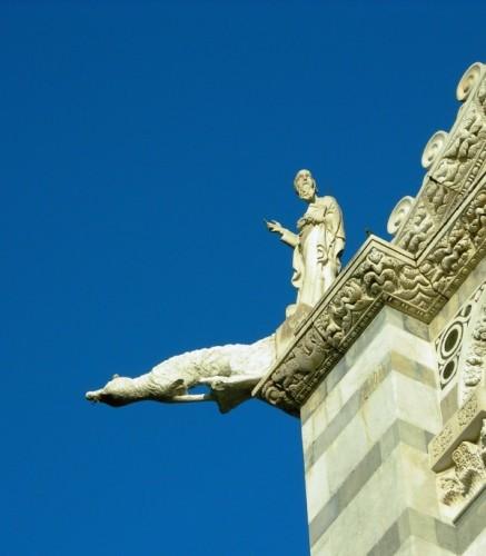 Pisa - Benedizione protesa