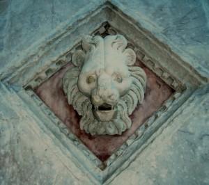 Intarsio nel marmo