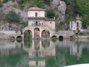 scanno chiesa sul lago 2
