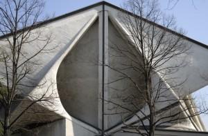 le strane forme della moderna architettura sacra