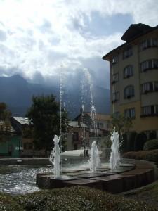 Saint-Vincent la sua fontana in controluce