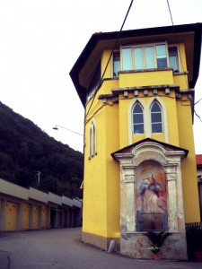 Cappelle religiose nelle vie dell'antico borgo