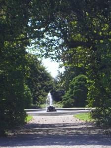 Scorcio con fontana a Villa Panza