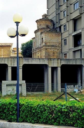 Bucchianico - Chiesa accanto al Palazzaccio!