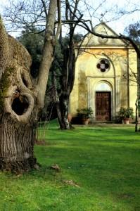 quarrata-Cappella del parco la Magia