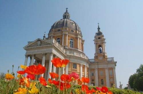 Torino - La Basilica di Superga tra i colori ...