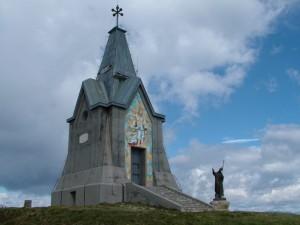 Monumento Al Redentore sul Gölem