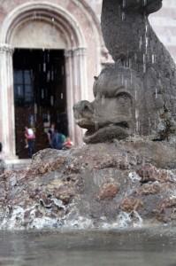 Fontana vicino Santa Chiara