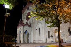 La mia Parrocchia … di notte - S.S.Sacramento Macerata