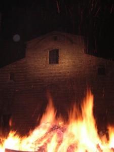 la casa di dio ed il fuoco di Lucifero