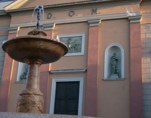 fontana davanti a S. Maria Assunta