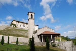 chiesetta e castello