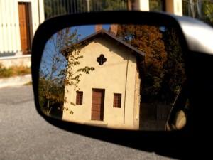 la chiesetta nello specchio